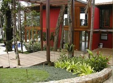 É Tempo de Cuidar das Plantas da Casa de Praia