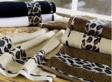 Decoração: personalização de toalhas através de bordados