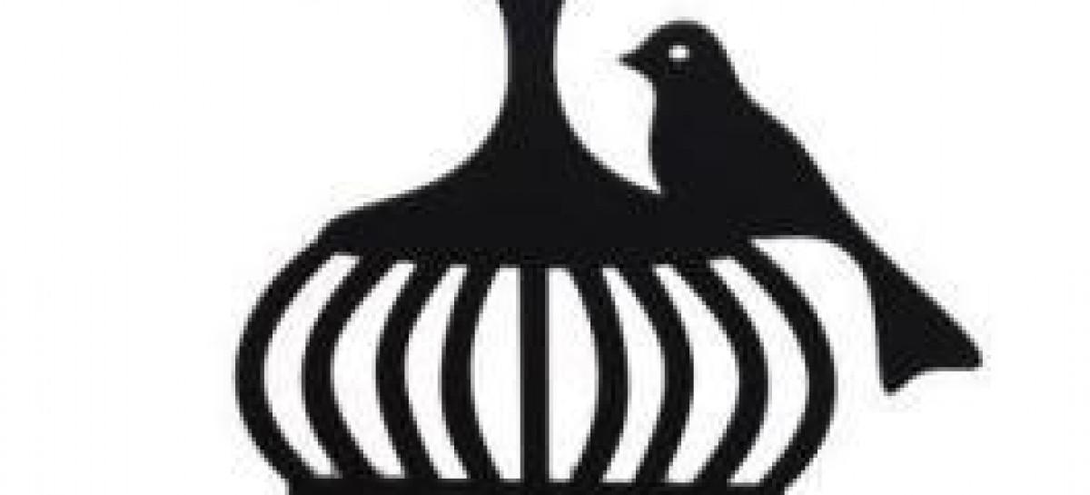 Chapas de aço-carbono viram objetos decorativos