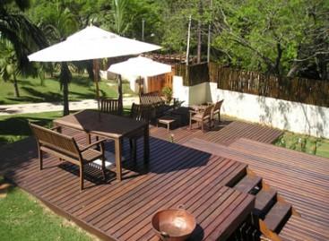 Decks de madeira para seu jardim
