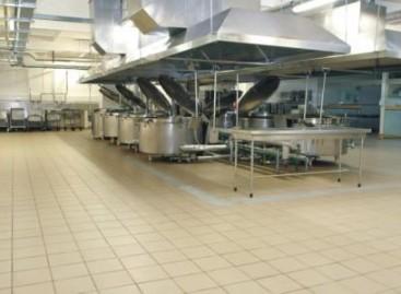 Revestimento cerâmico para cozinhas e projetos industriais
