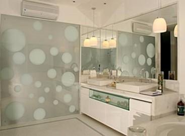 Vidros e Espelhos para Diversos Ambientes e Funções