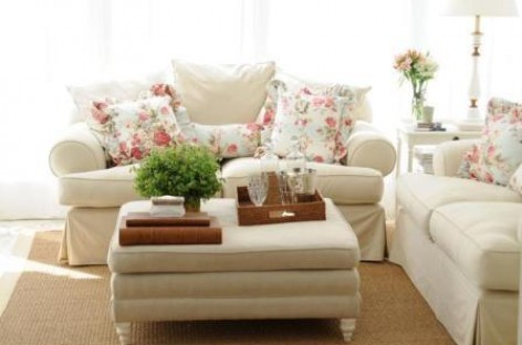 Objetos e revestimentos deixam a casa delicada