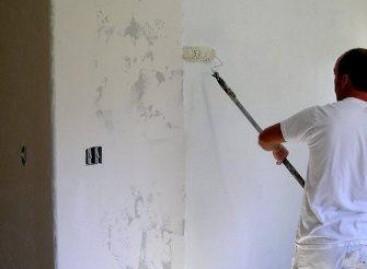 Corrija enrugamentos na parede
