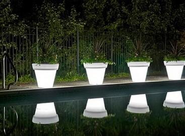 Vasos com iluminação LED
