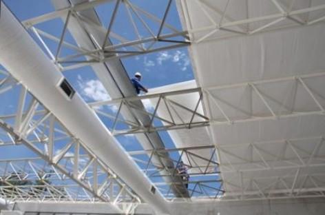 Isolante termoacústico para paredes e coberturas