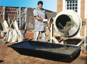 Reservatório para massa de concreto