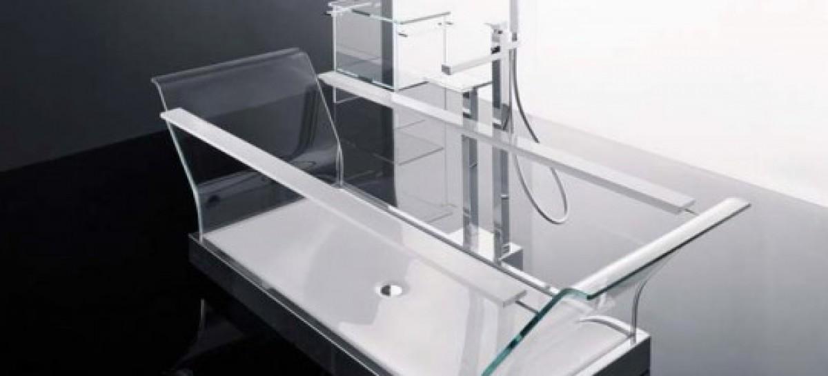 Uma banheira de vidro econômica
