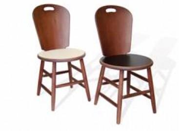 Cadeira de eucalipto