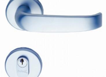 Segurança e design com fechadura externa