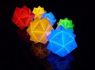 Luminárias artesanais inspiradas no Origami