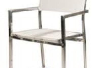 Mobília inspirada em projeto de Niemayer