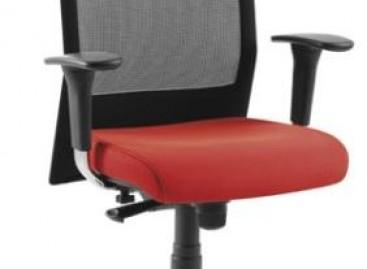 Cadeiras coloridas para o escritório