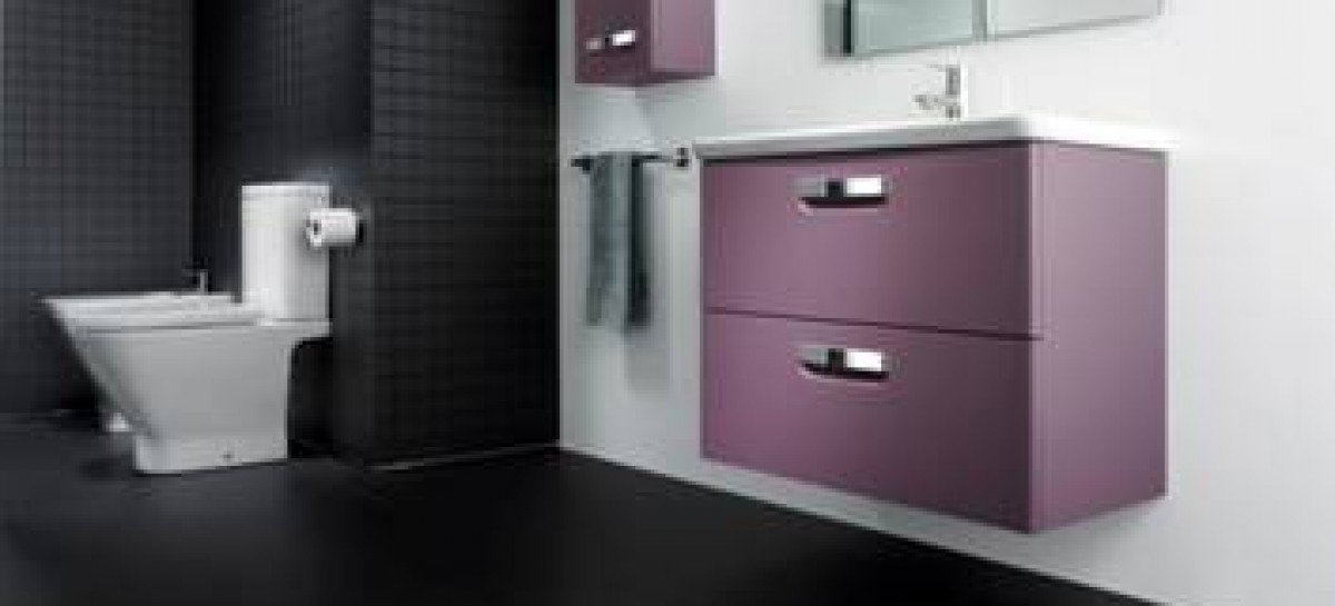 Móveis coloridos para o banheiro