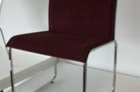 Leilão de móveis