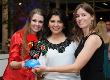 9° Prêmio APP: o grupo Thá e Rossi comemoram premiação