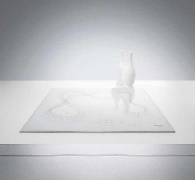 Cooktop vitrocerâmico Gorenje designed by Karim Rashid