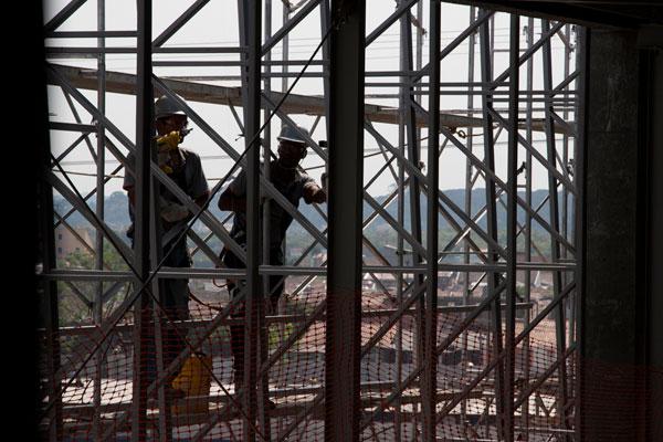 Norma garante proteção para trabalho em altura