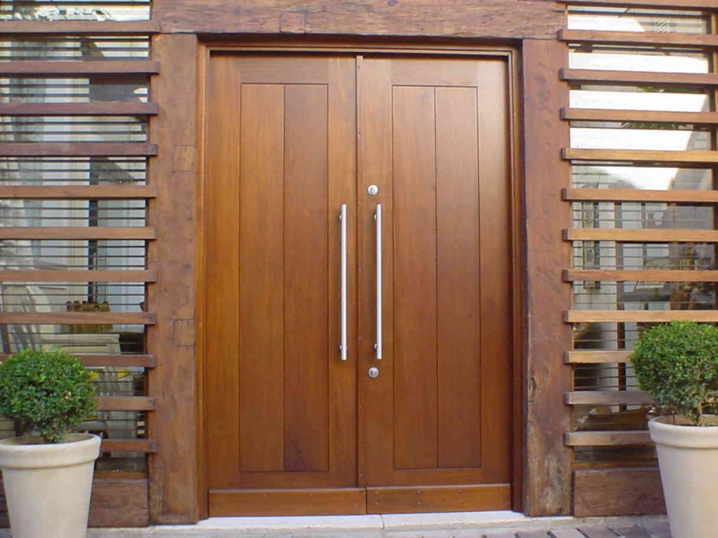 #764629 Como conservar portas e janelas de madeira (Foto: Divulgação) 74 Janelas De Vidro E Madeira