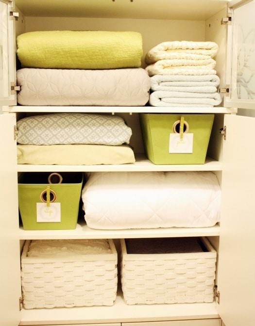 Aproveitar os espaços disponíveis no apartamento pode favorer e organizar de forma eficaz (Foto: Divulgação)