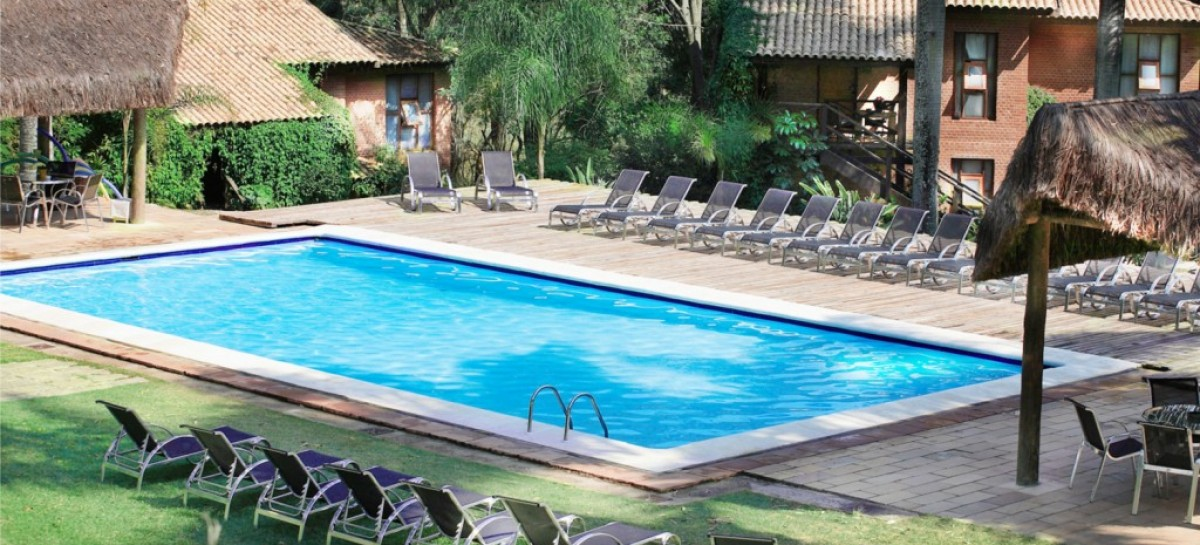 Qual o melhor local para fazer uma piscina?