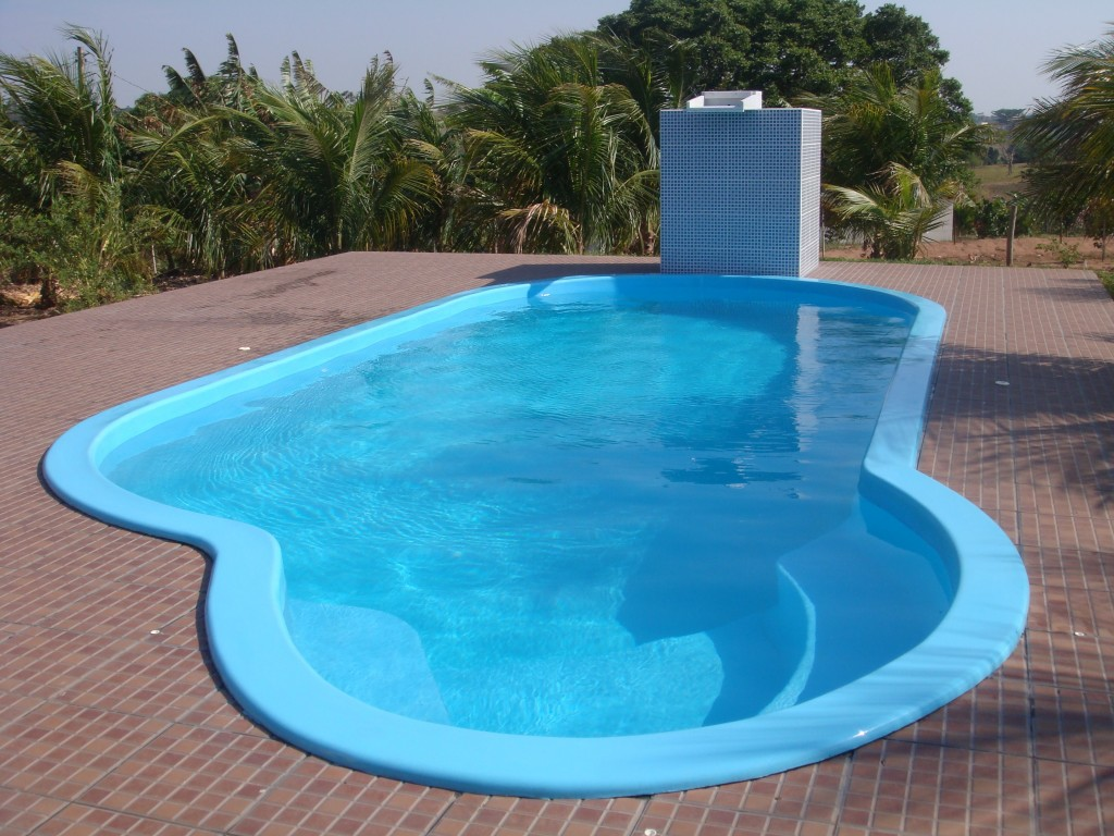 Tipos de piscinas - Fibra