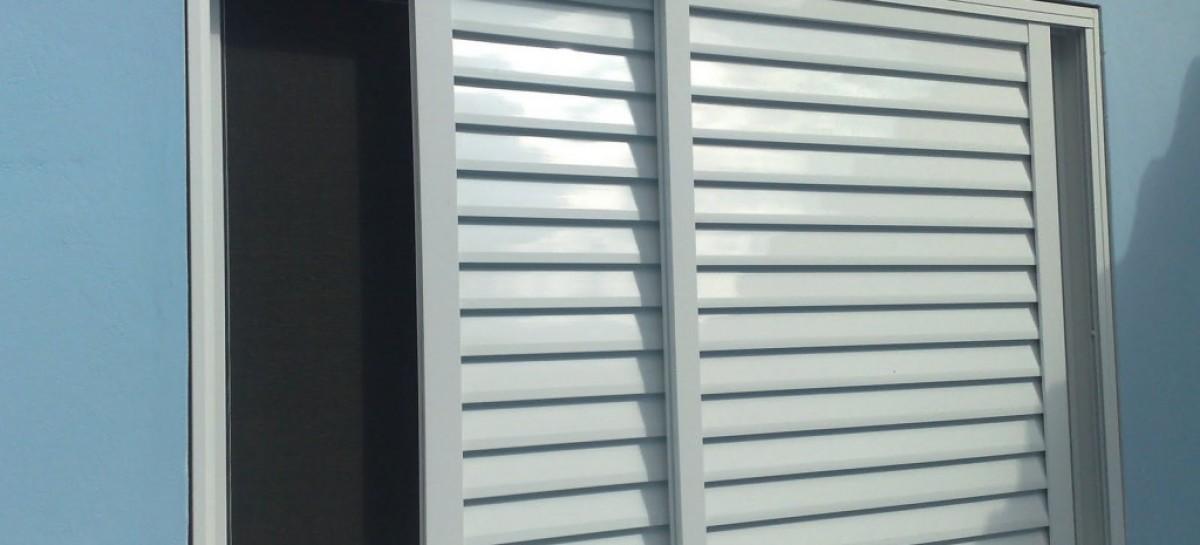 Como conservar portas e janelas de ferro