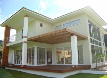 Como conservar portas e janelas de PVC