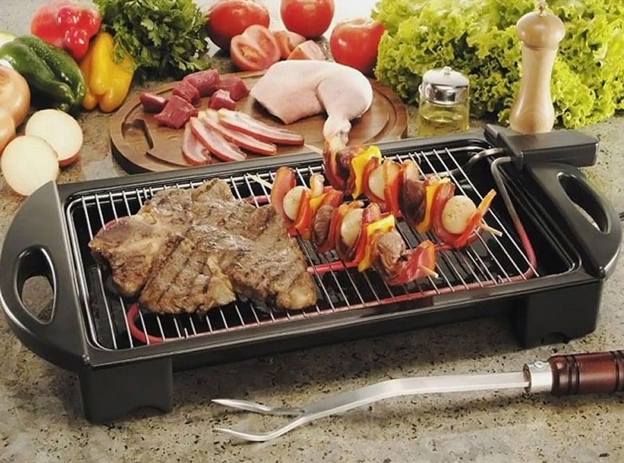 As churrasqueiras elétricas são encontradas em modelos portáteis e de embutir. (Foto: Divulgação)