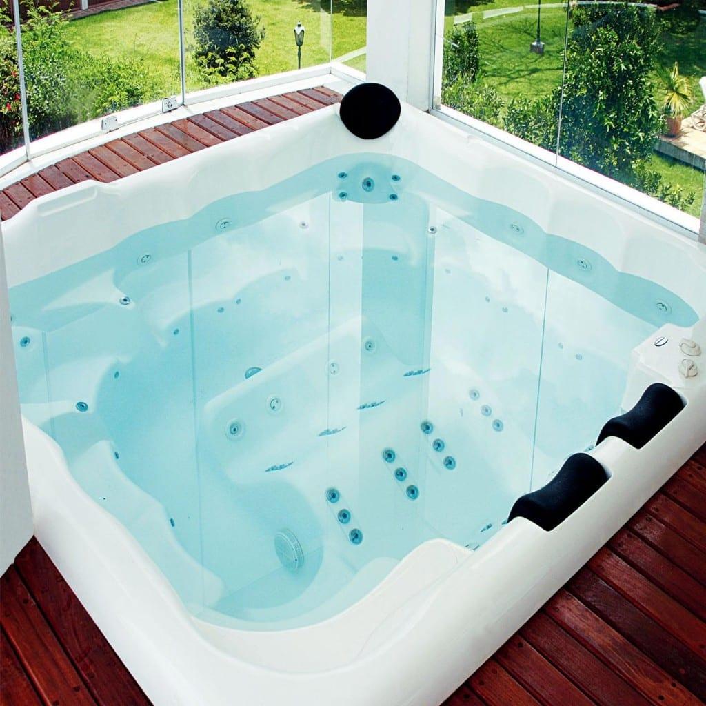 Banheira SPA ou piscina: quais as vantagens de cada uma