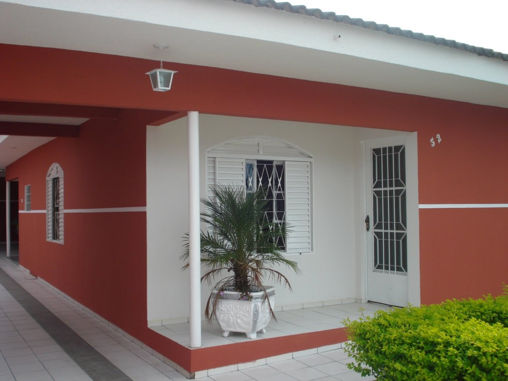 #446310 Como renovar a pintura de portas e janelas (Foto: Divulgação) 878 Moldura Para Janela De Aluminio