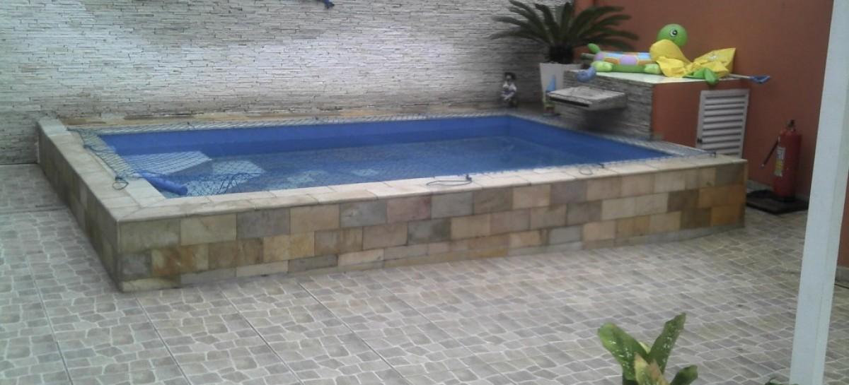 Piscinas pequenas modelos reforma f cil for Fotos piscinas para espacios pequenos