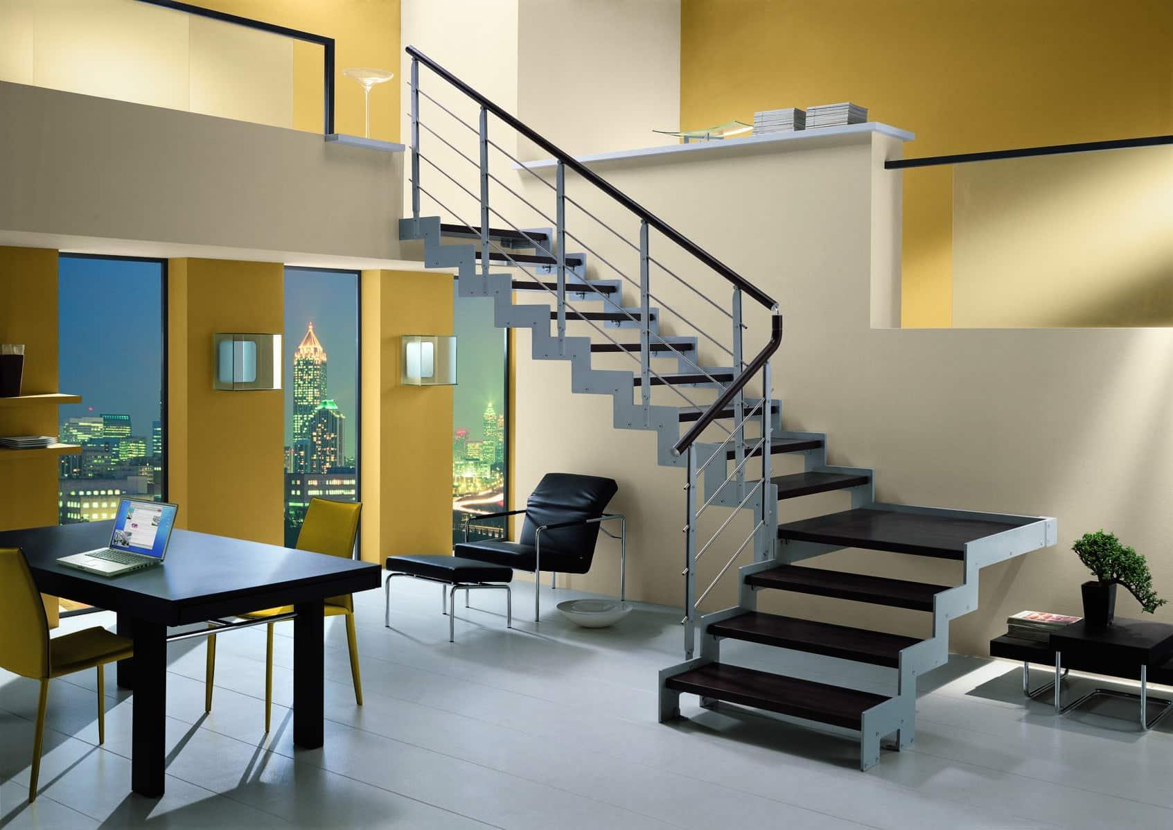 """Escada em formatos """"U"""" e """"L"""" (Foto:Divulgação)"""