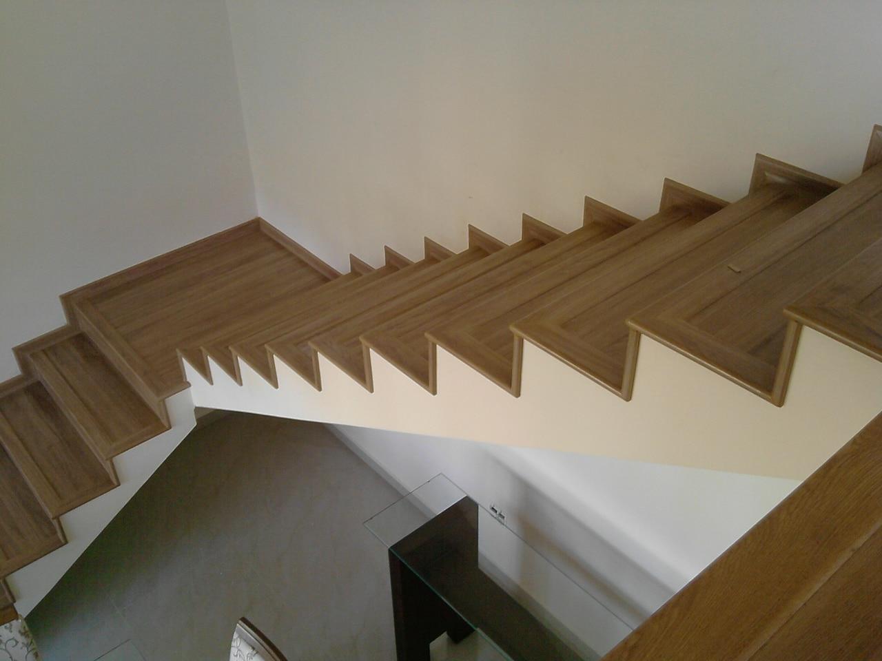 Escada de piso laminado: conheça as vantagens. (Foto: Divulgação)