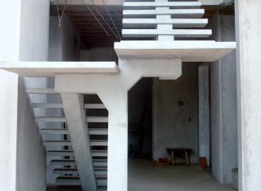 Escada pré-fabricada