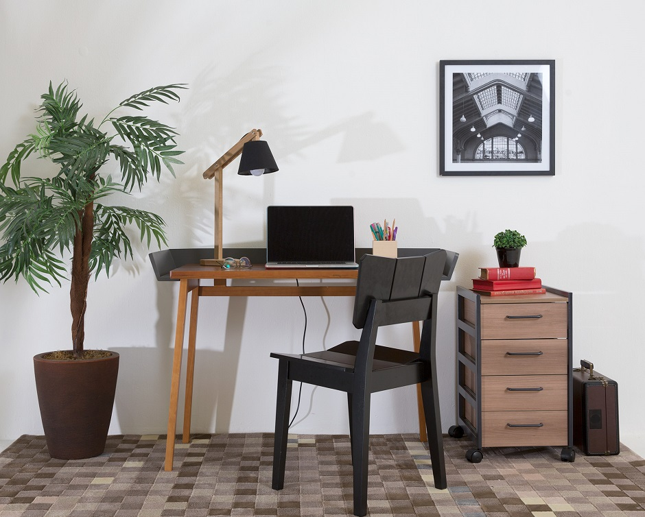 Como decorar o home office gastando pouco