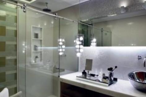 Box de luxo deixa o banheiro mais bonito