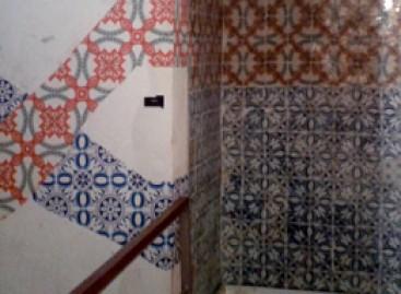 Arte de rua inspirada nos azulejos portugueses