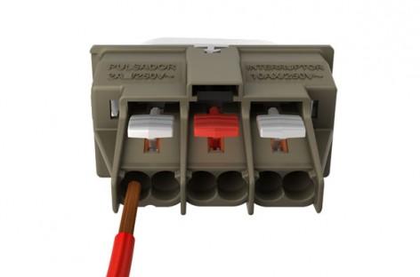 Borne automático de conexão rápida diminui o tempo de instalação. Confira!