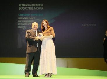 Empresa ganha prêmios baseados nos pilares: ambiental, social e econômico.