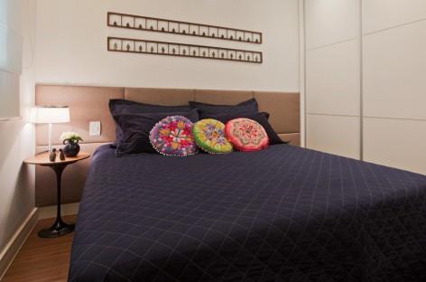 Cabeceiras de cama extensas deixam o quarto mais charmoso