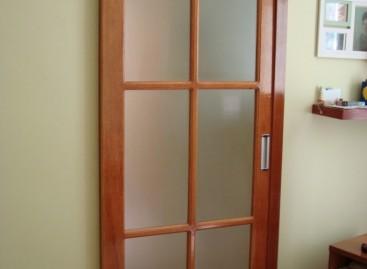 Portas de correr de madeira
